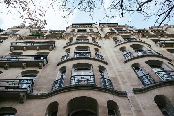 International Real Estate: House Hunting in … Paris